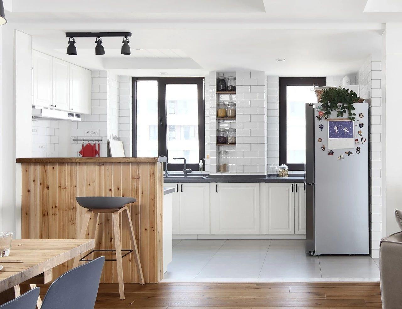 兼具颜值和功能丨拥有这样的厨房,我能天天在家做饭